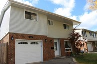 65 Fieldgate Drive Brantford ON, N3P 1H2