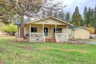 1392 Pleasant Creek Road Rogue River OR, 97537