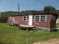 293 Forinash Road Weston WV, 26452