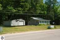 8423 Co Road 612 Kalkaska MI, 49646