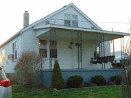 94 Mathiot Portsmouth OH, 45662