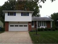 5729 Forest Ridge Dr North Olmsted OH, 44070