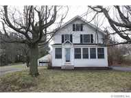 151 Pine Hill Rd Spencerport NY, 14559