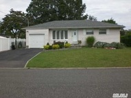 317 W 7th St Deer Park NY, 11729