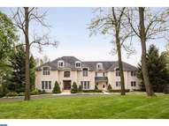 1130 Herkness Dr Meadowbrook PA, 19046