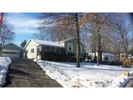 172 Woodcrest Ct Manchester NH, 03109