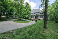 143 Rest Cottage Ln Pewee Valley KY, 40056
