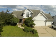 2819 W Pennwood Cr Allouez WI, 54301