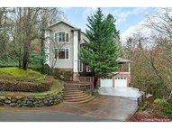 1495 Woodland Ter Lake Oswego OR, 97034