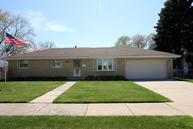 6239 Washington Chicago Ridge IL, 60415