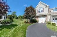 21 Mohannis Way Kings Park NY, 11754
