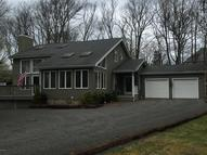 804 Sunset Ct Lords Valley PA, 18428