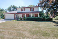 4865 Squire Dr Greendale WI, 53129