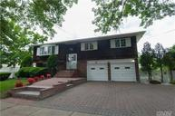 271 Manetto Hill Rd Plainview NY, 11803