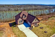 221 Waters Edge Way Lenoir City TN, 37771