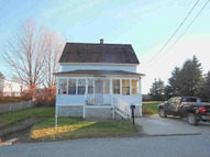 42 Jannell Ct Epping NH, 03042