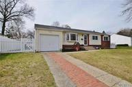 14 Elford Pl East Northport NY, 11731