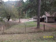 42261 Winberry Creek Rd Fall Creek OR, 97438