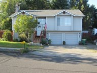 139 Sw 22nd St Troutdale OR, 97060