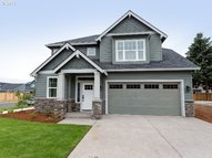 173 Se 15th Pl Canby OR, 97013