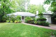 9 Woodbourne Rd Great Neck NY, 11023