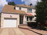 112-35 68dr Forest Hills NY, 11375