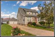 109 E Spring St New London WI, 54961