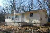 102 Fairview Dr Dingmans Ferry PA, 18328