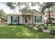 2521 Goldenrod Avenue Fort Worth TX, 76111