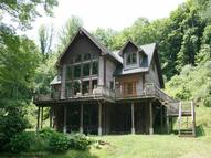 1461 Riggins Run West Union WV, 26456
