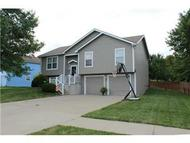 702 Holiday Dr Lansing KS, 66043