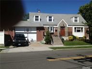 516 150th St Whitestone NY, 11357