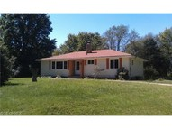 322 Skyview Dr Akron OH, 44319