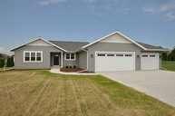 2616 Creekview Court Sheboygan WI, 53081