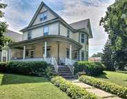 304 W 4th St Pecatonica IL, 61063