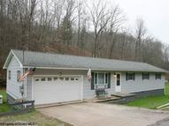 642 Tarkiln Road Salem WV, 26426