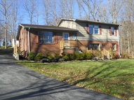 257 Valley Drive Bluefield VA, 24605