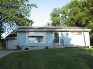 916 Brown Street Hull IA, 51239