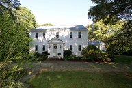 167 Pleasant St South Yarmouth MA, 02664