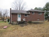 106 Appleby Park Dr. Ford City PA, 16226