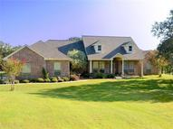 107 Elm Cove Sunset TX, 76270