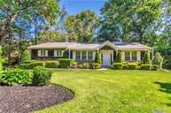 6 Colby Dr Dix Hills NY, 11746