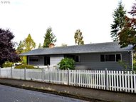 707 E 39th Pl Eugene OR, 97405