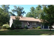 24 Louise Dr Litchfield NH, 03052