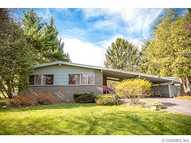 135 Clearview Dr Pittsford NY, 14534