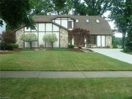 30942 Windy Hollow Ln North Olmsted OH, 44070