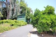 915-A South Strathmore Ave Lindsay CA, 93247