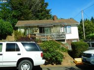 538 11th Ave Coos Bay OR, 97420