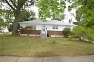 494 Pinebrook Ct West Hempstead NY, 11552