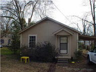 205 Third St D Lo MS, 39062